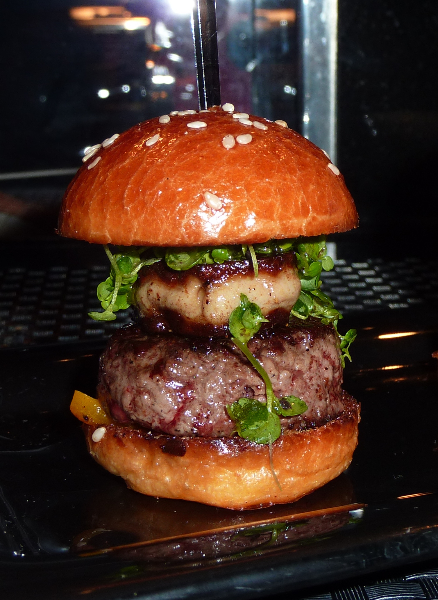 robuchon-burger (1)